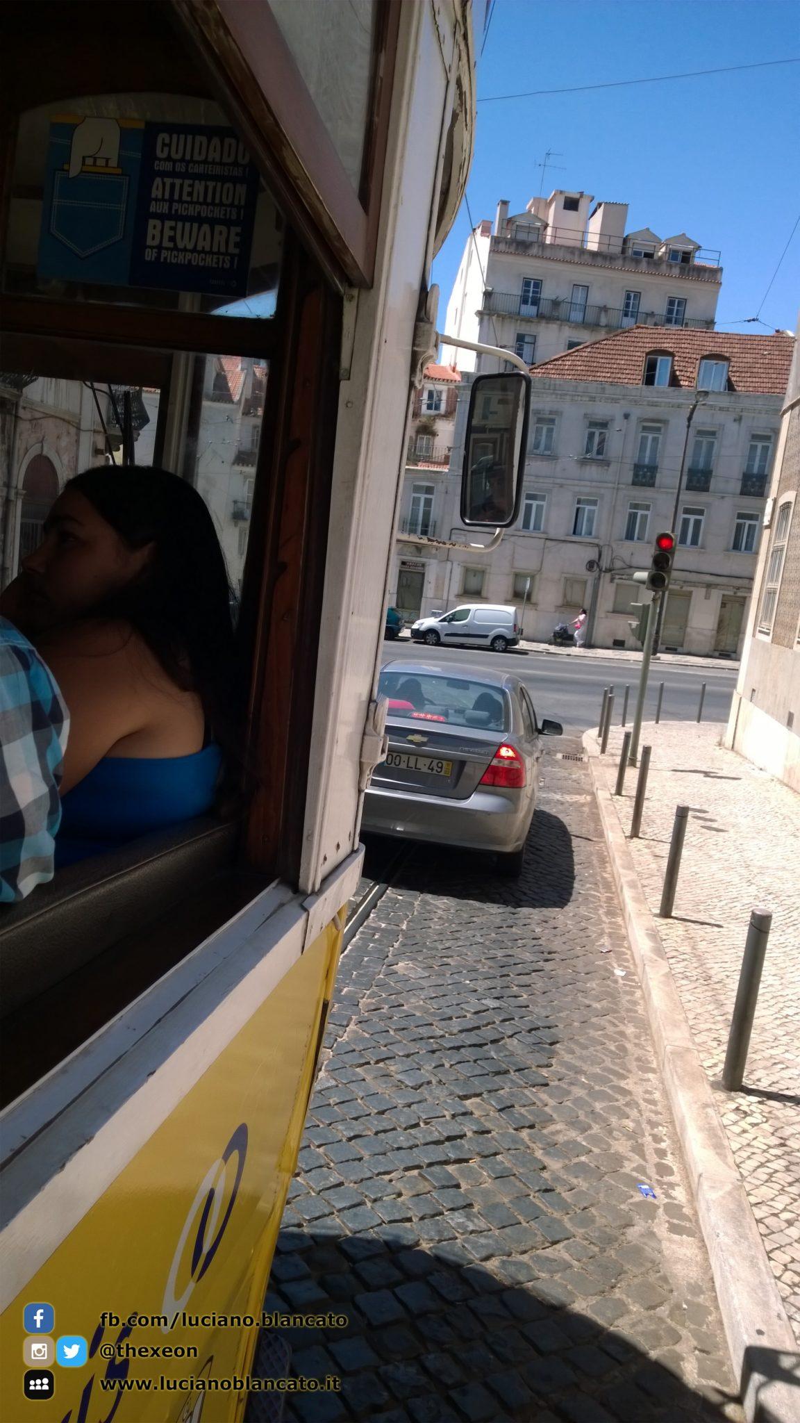 copy_1_Lisbona - in giro per la città dal tram