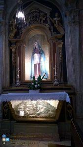 Lisbona - altare cristo madonna