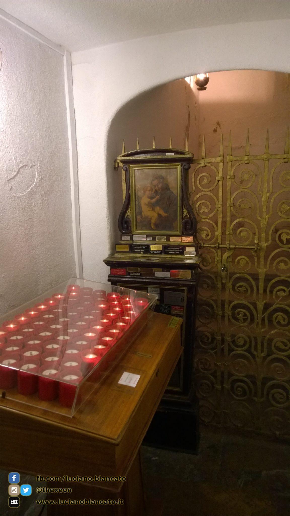 copy_Lisbona - tomba Santo Antonio