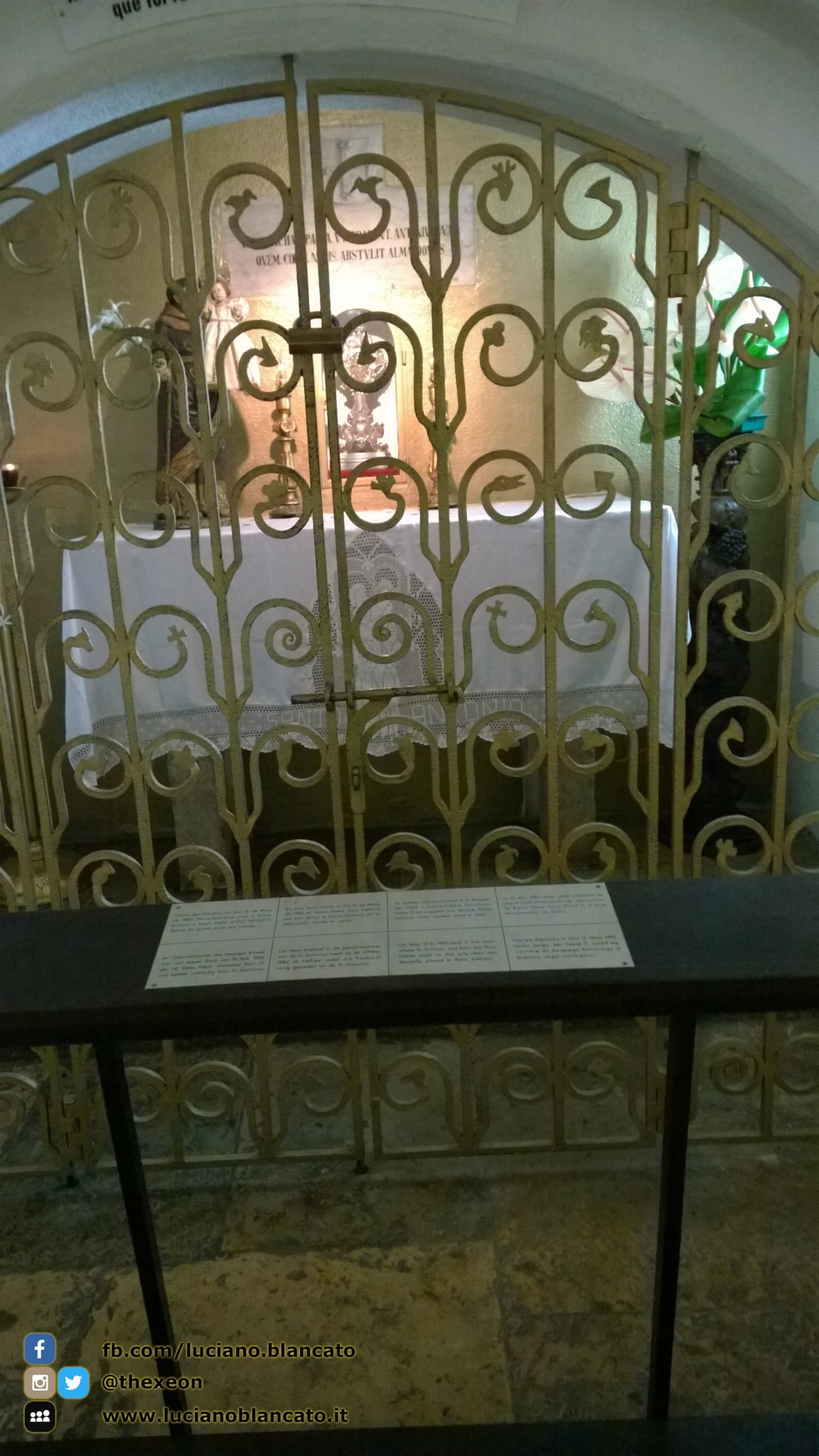 copy_1_Lisbona - tomba Santo Antonio