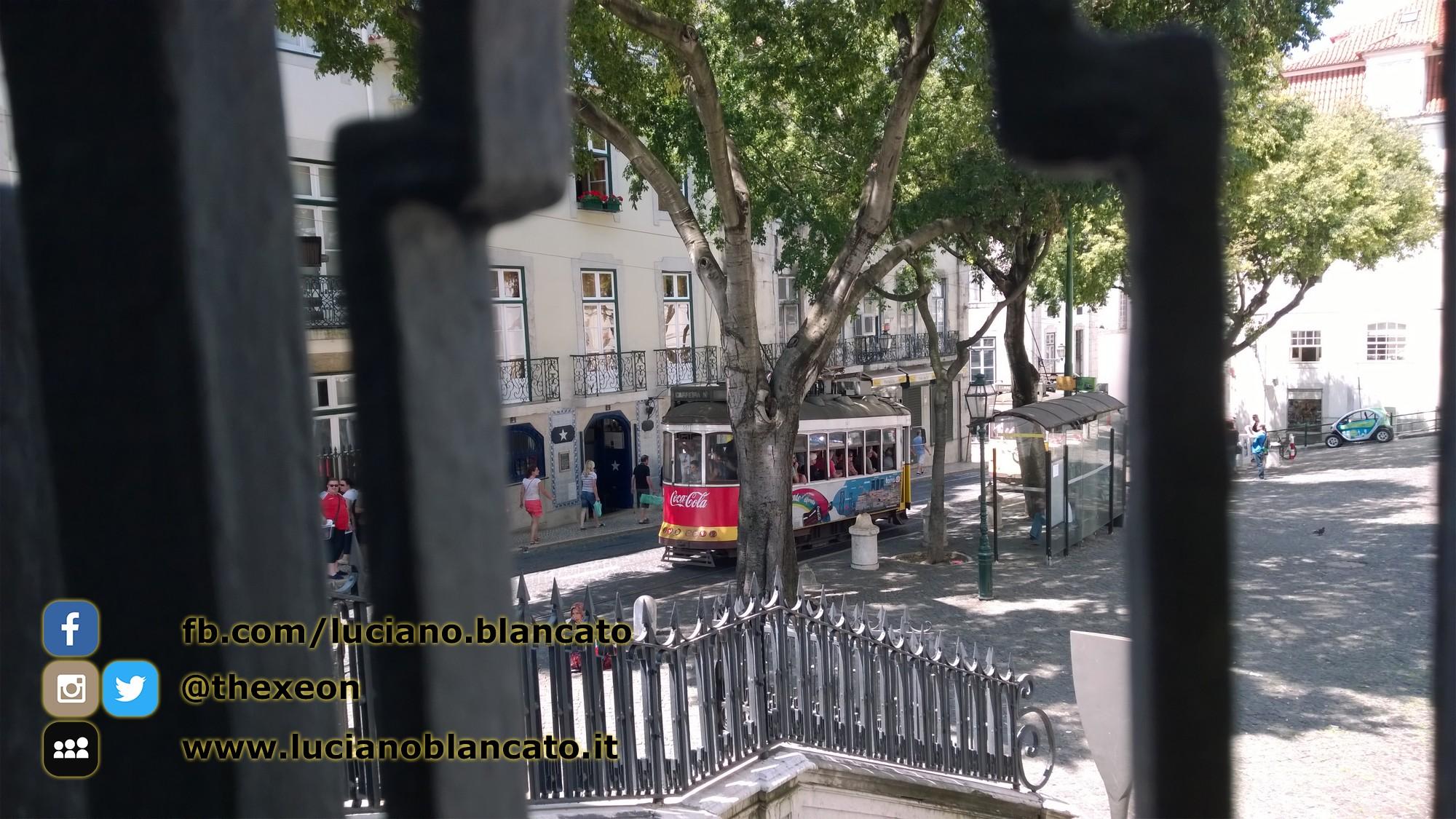 Lisbona - dettagli in giro per la città
