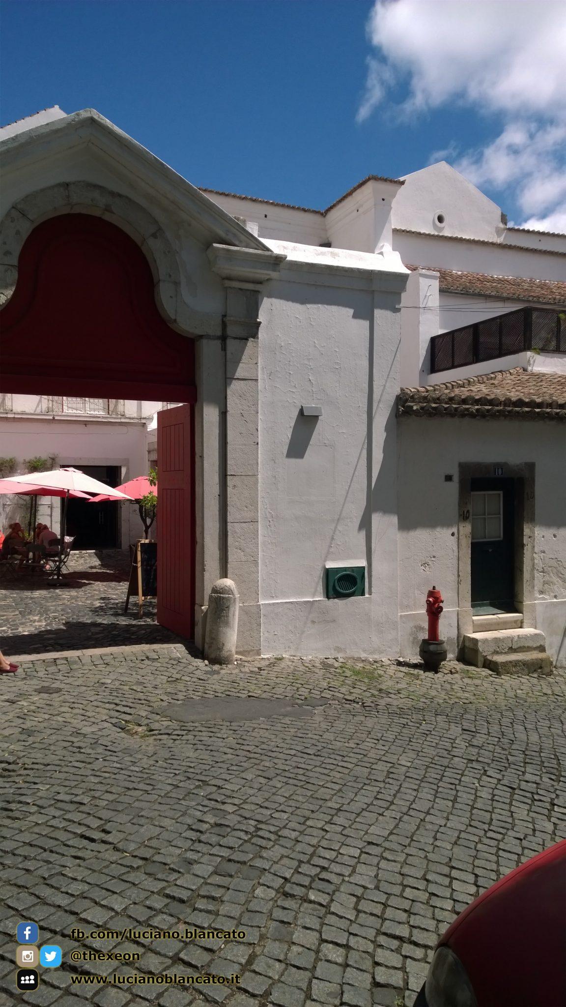 Lisbona - Castello di São Jorge, R. de Santa Cruz do Castelo