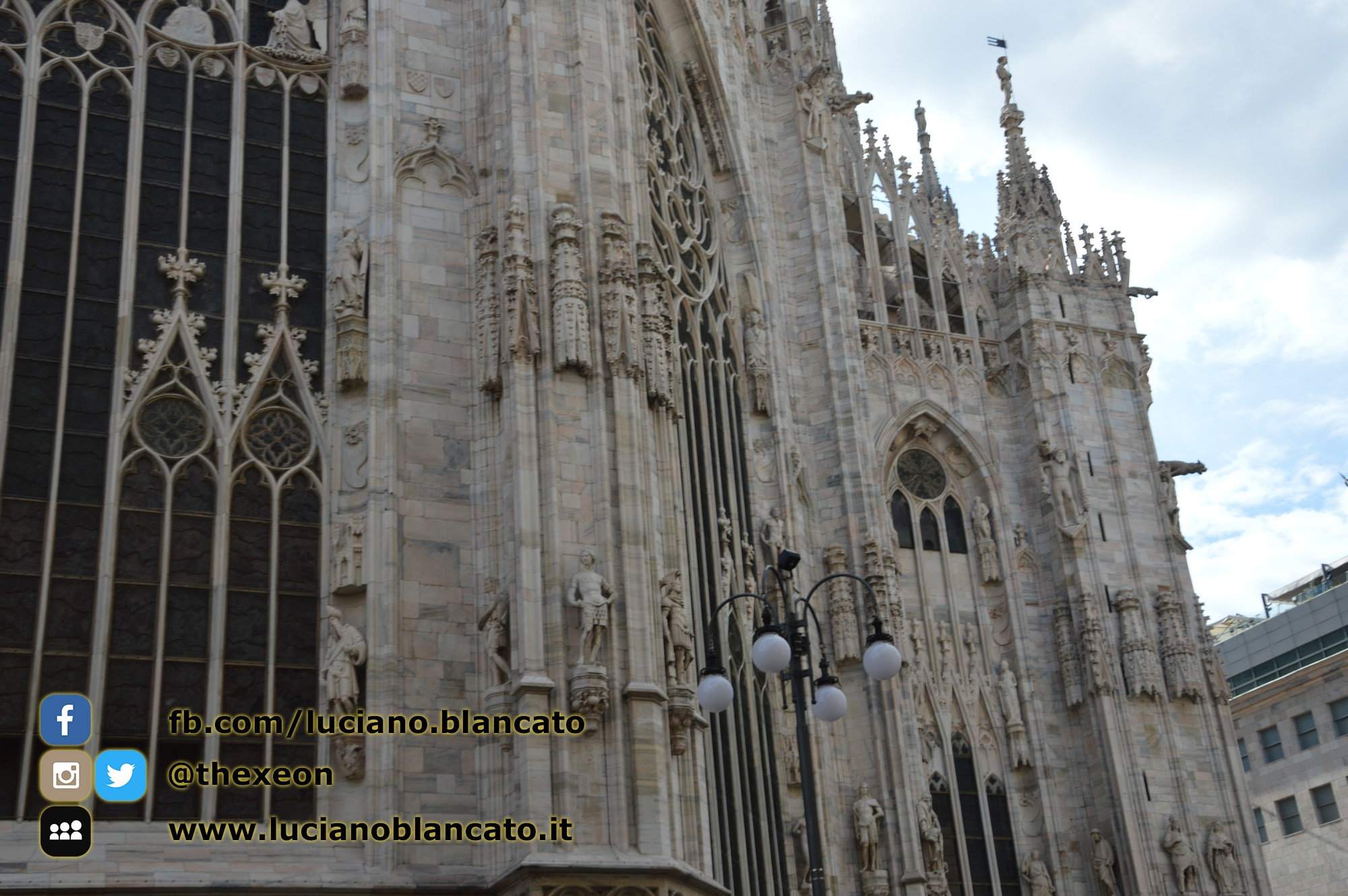 copy_7_Milano - dettaglio del duomo