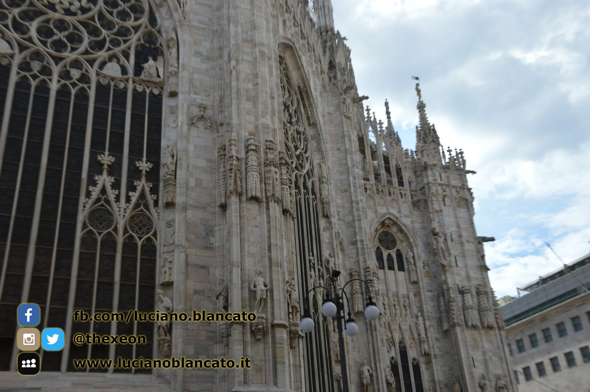 copy_8_Milano - dettaglio del duomo