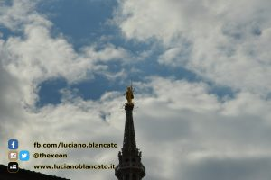 Milano - dettaglio madonnina del duomo
