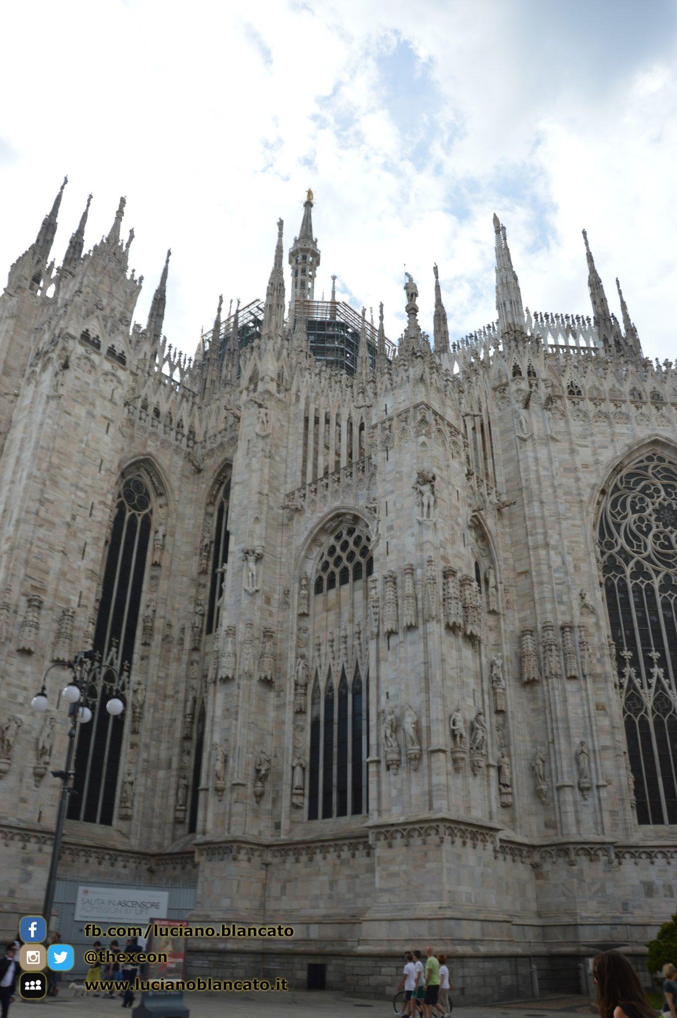 copy_1_Milano - dettaglio del duomo
