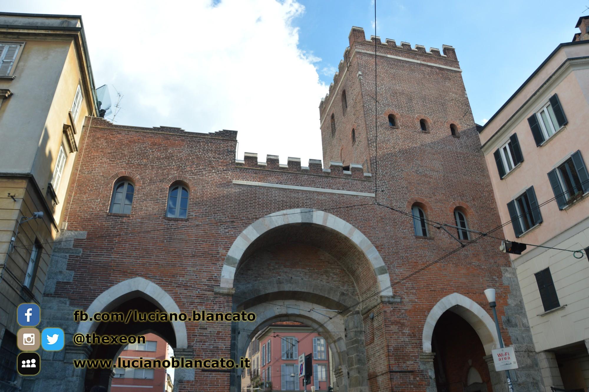 Milano - Porta ticinese antica