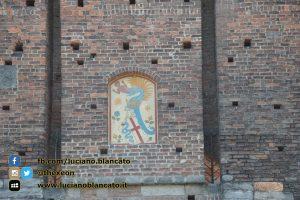 Milano - Castello sforzesco - cortili interni dettagli