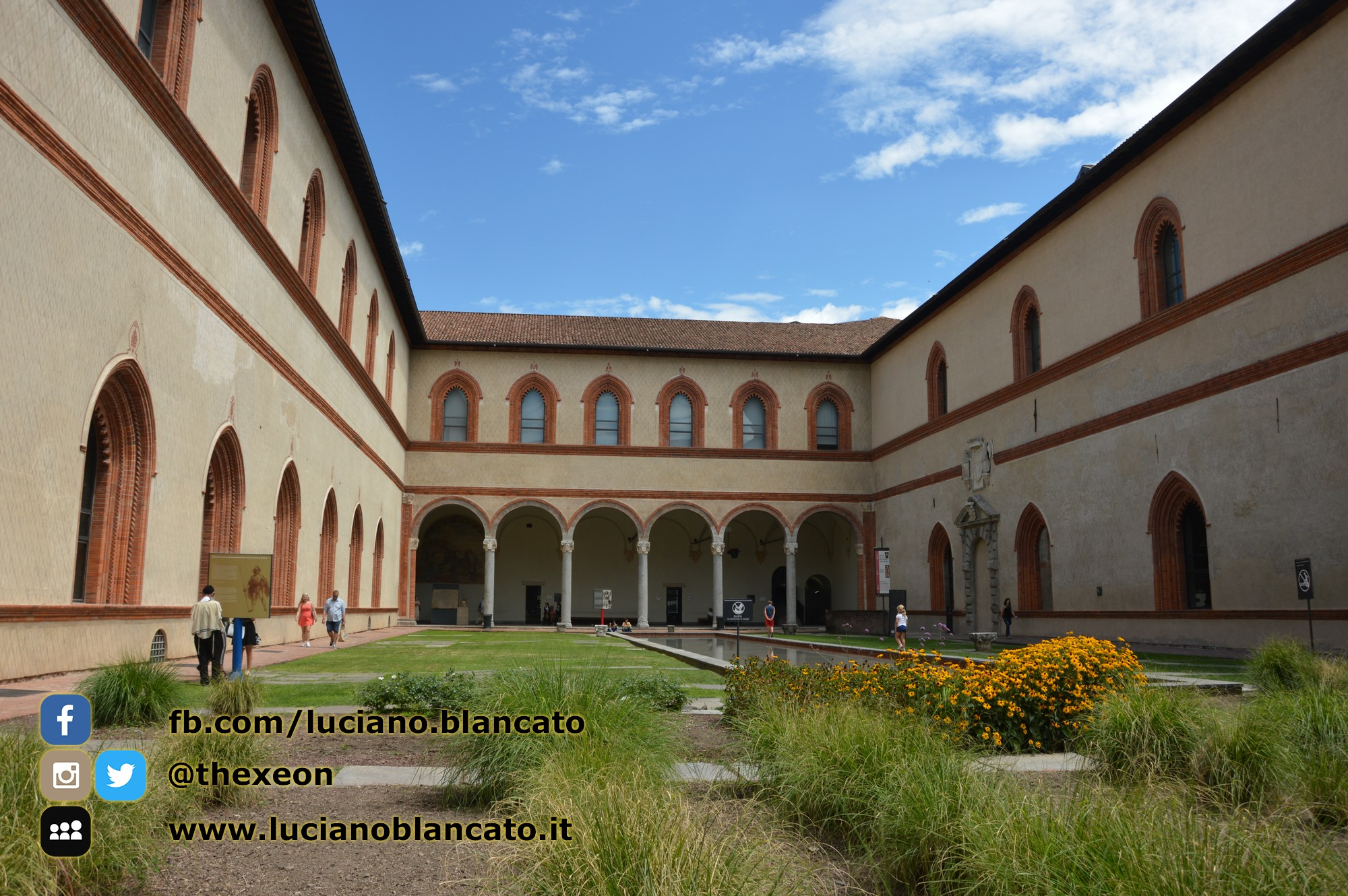 copy_7_Milano - Castello sforzesco - cortili interni