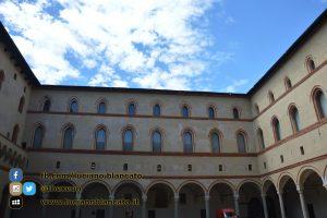 copy_9_Milano - Castello sforzesco - cortili interni