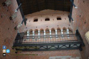 copy_1_Milano - Castello sforzesco - cortili interni - dettagli