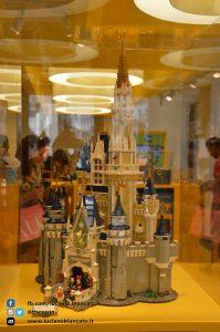 Milano - Lego Store - castello walt disney