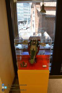 copy_Milano - Lego Store - star w
