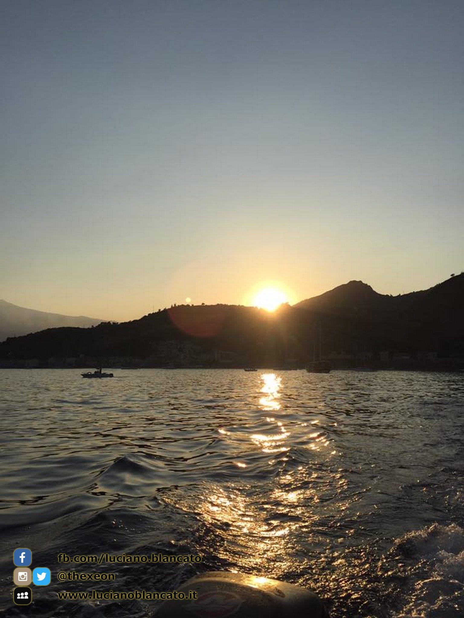 copy_1_Taormina - dalla barca
