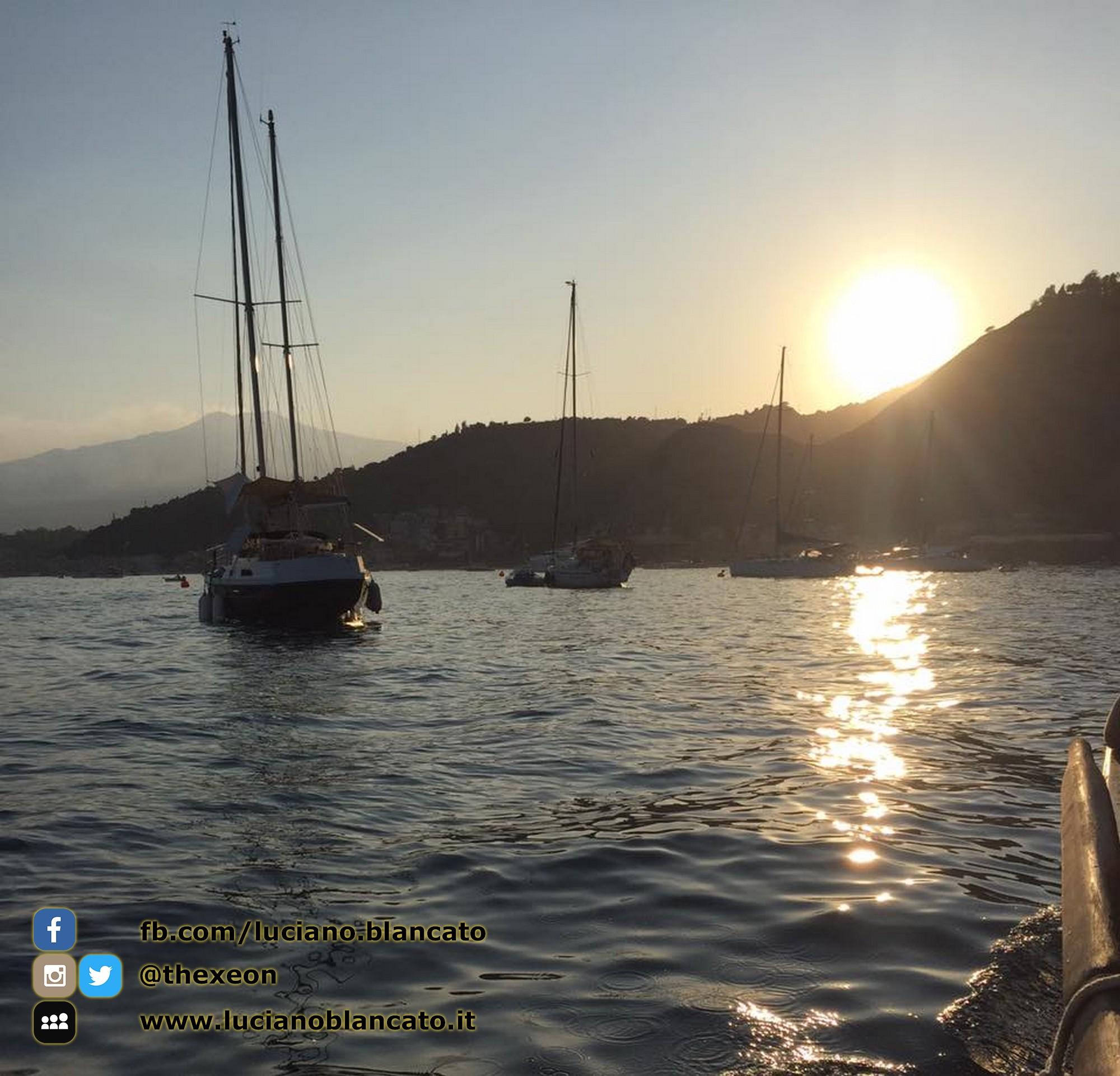 copy_2_Taormina - dalla barca