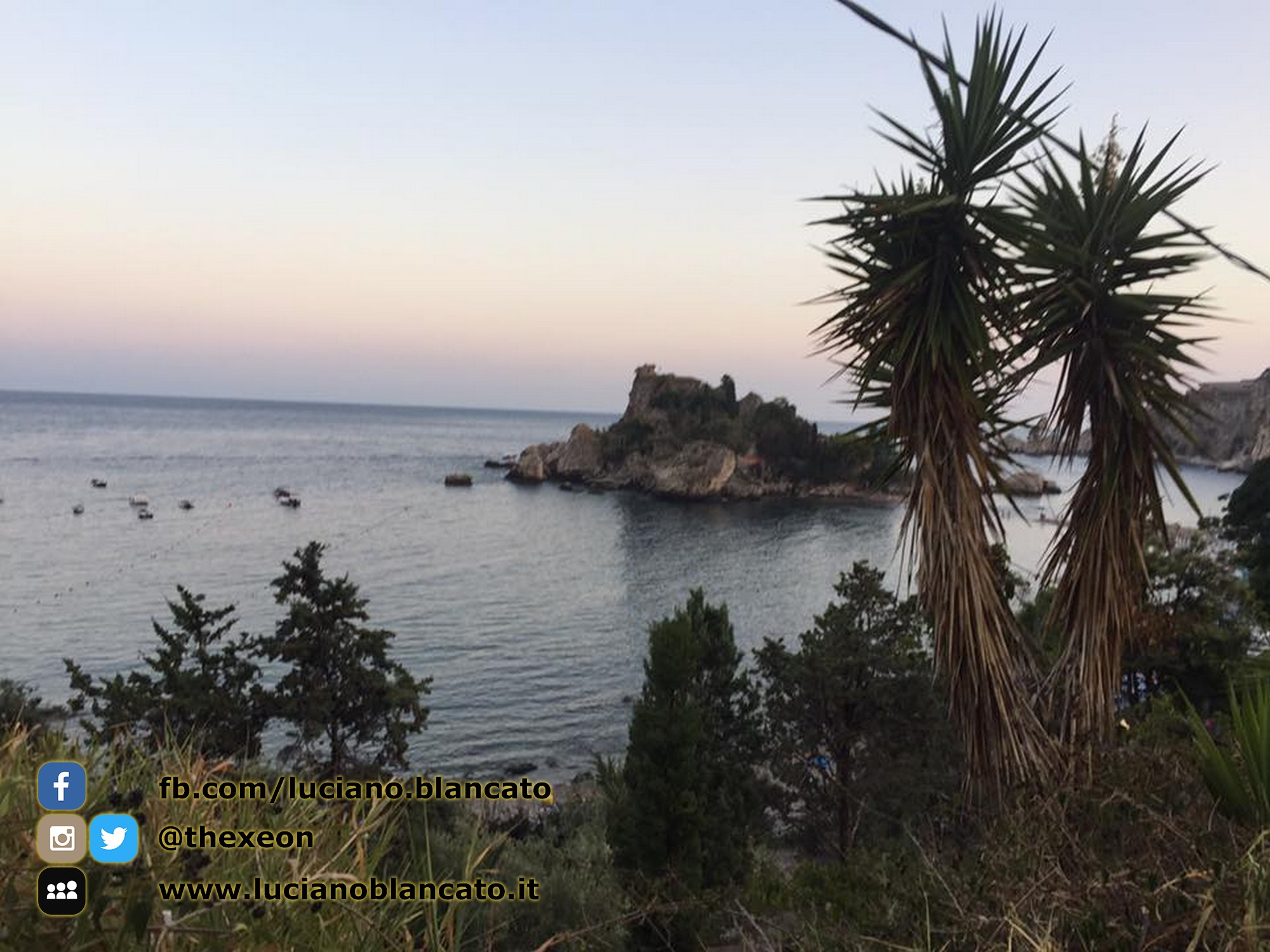 Taormina - vista isola bella