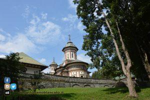 copy_7_Bucarest - Peleș Castle - Castelul Peleș - parco