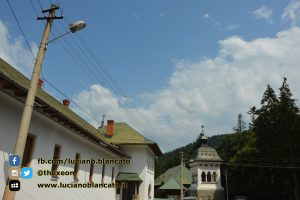 Bucarest - Mănăstirea Sinaia