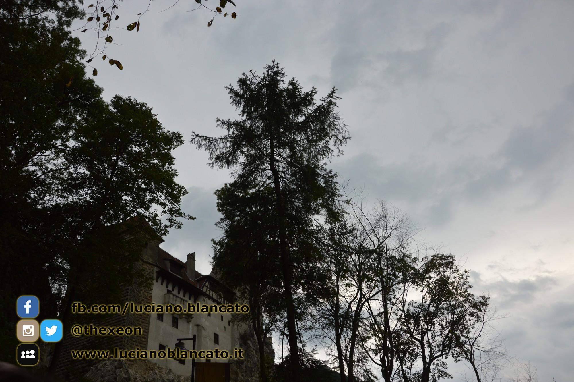 copy_5_Bucarest - Castello di Bran - Vista del castello