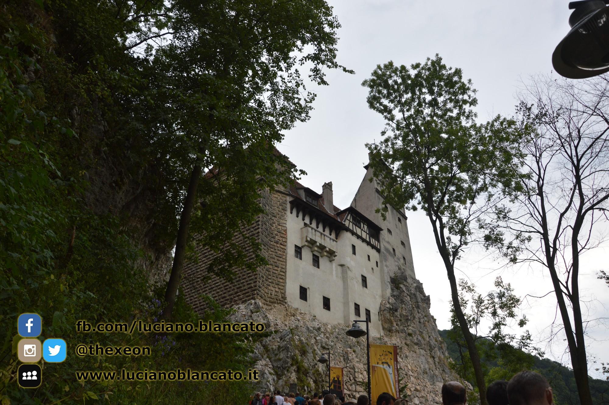 copy_6_Bucarest - Castello di Bran - Vista del castello