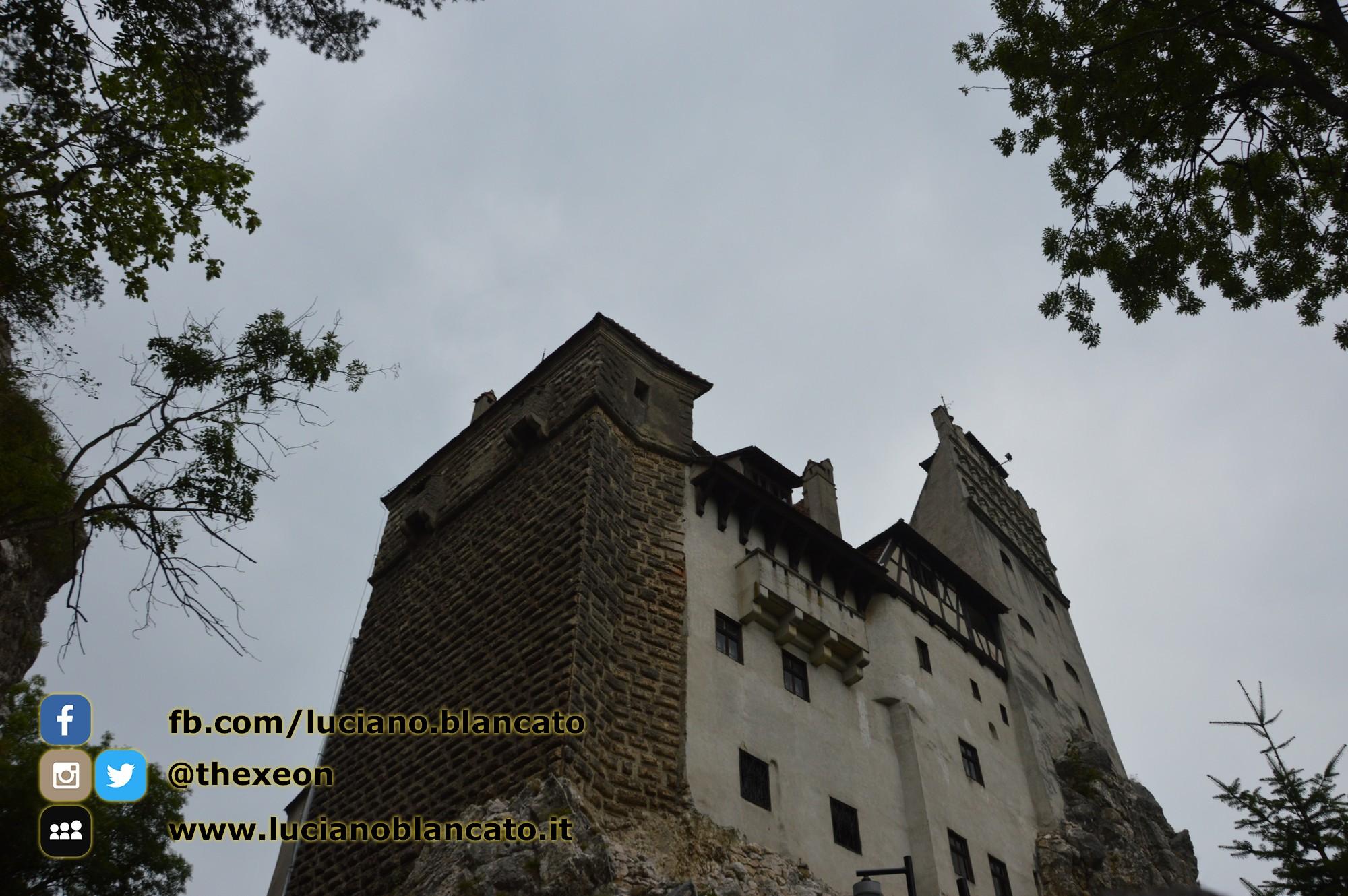 copy_1_Bucarest - Castello di Bran - Vista del castello