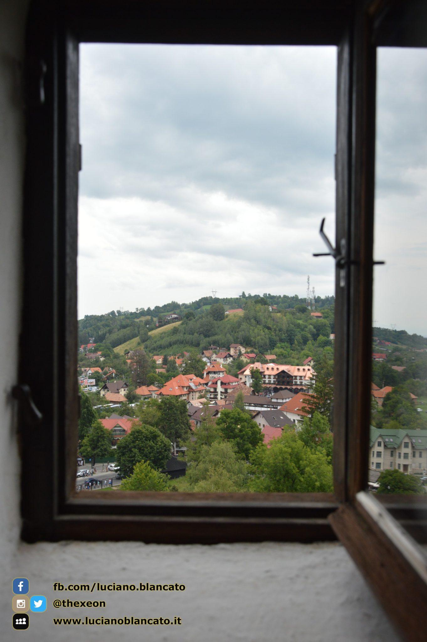 copy_Bucarest - Castello di Bran - Vista dal castello