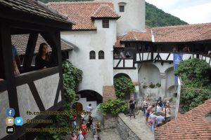copy_2_Bucarest - Castello di Bran - Cortili interni