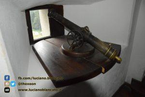 Bucarest - Castello di Bran - Cannone
