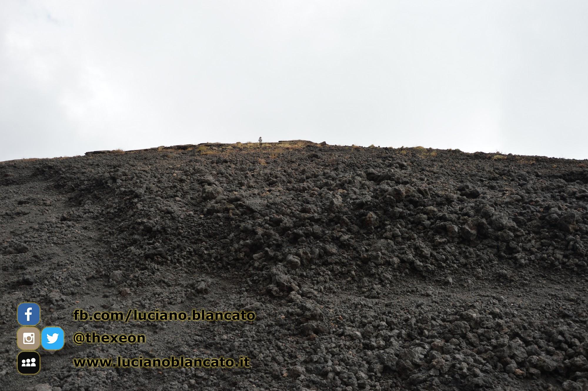 copy_7_Etna - Ema  crater
