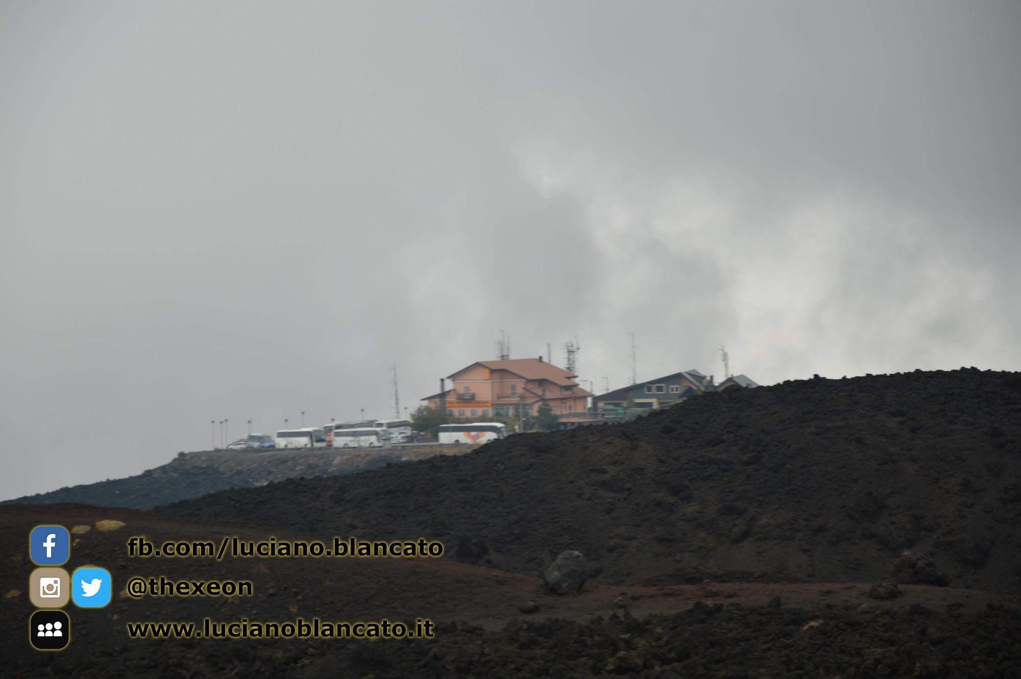 copy_34_Etna - Ema  crater