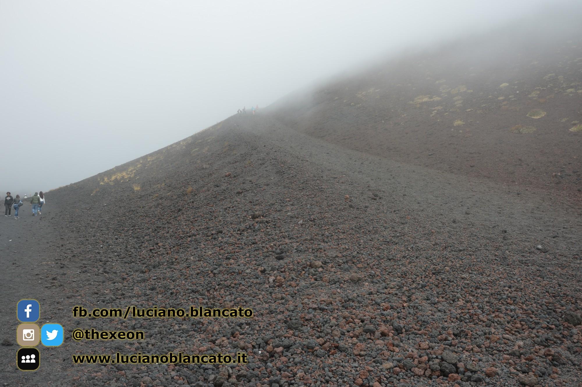copy_37_Etna - Ema  crater
