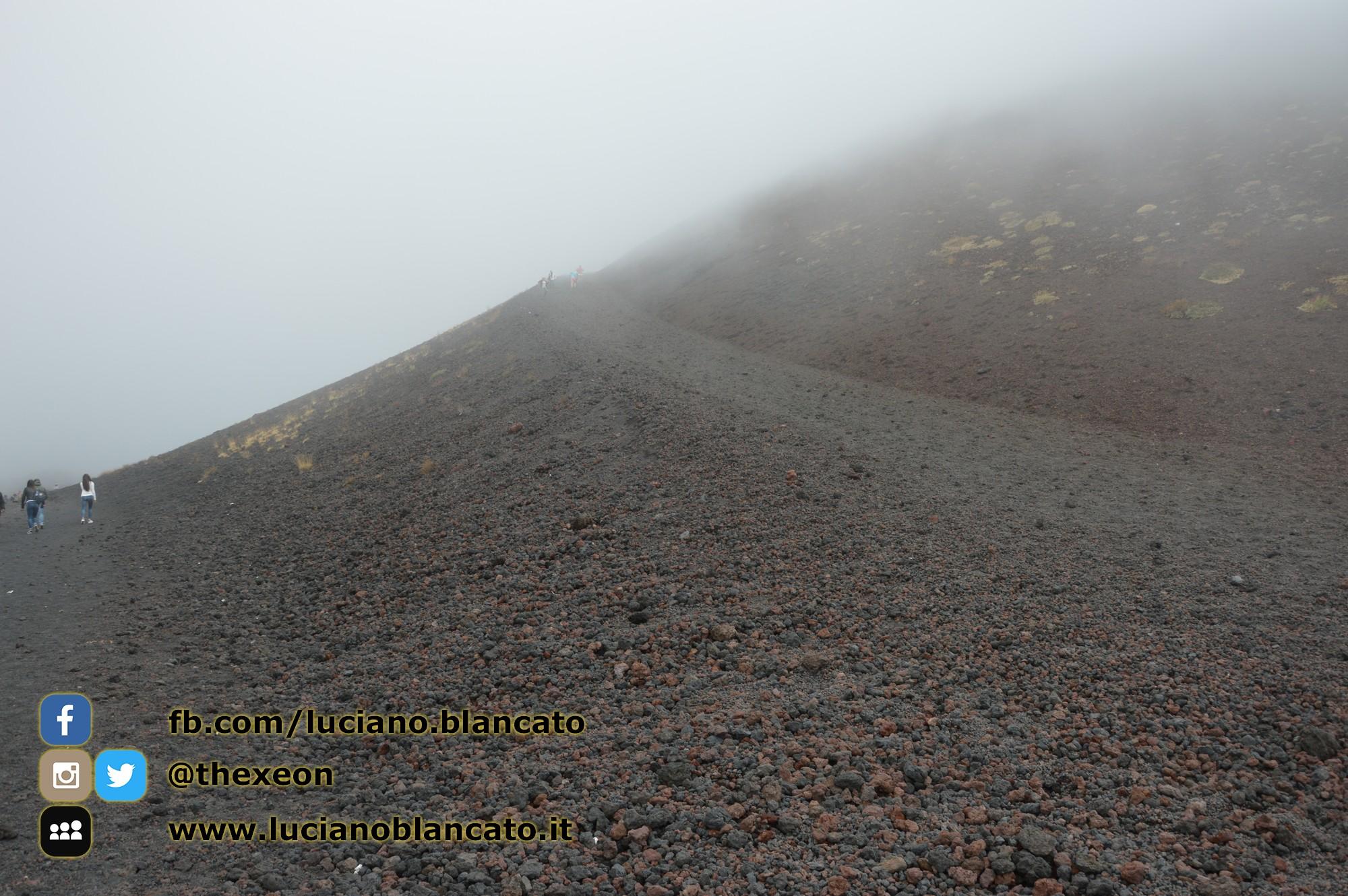 copy_38_Etna - Ema  crater