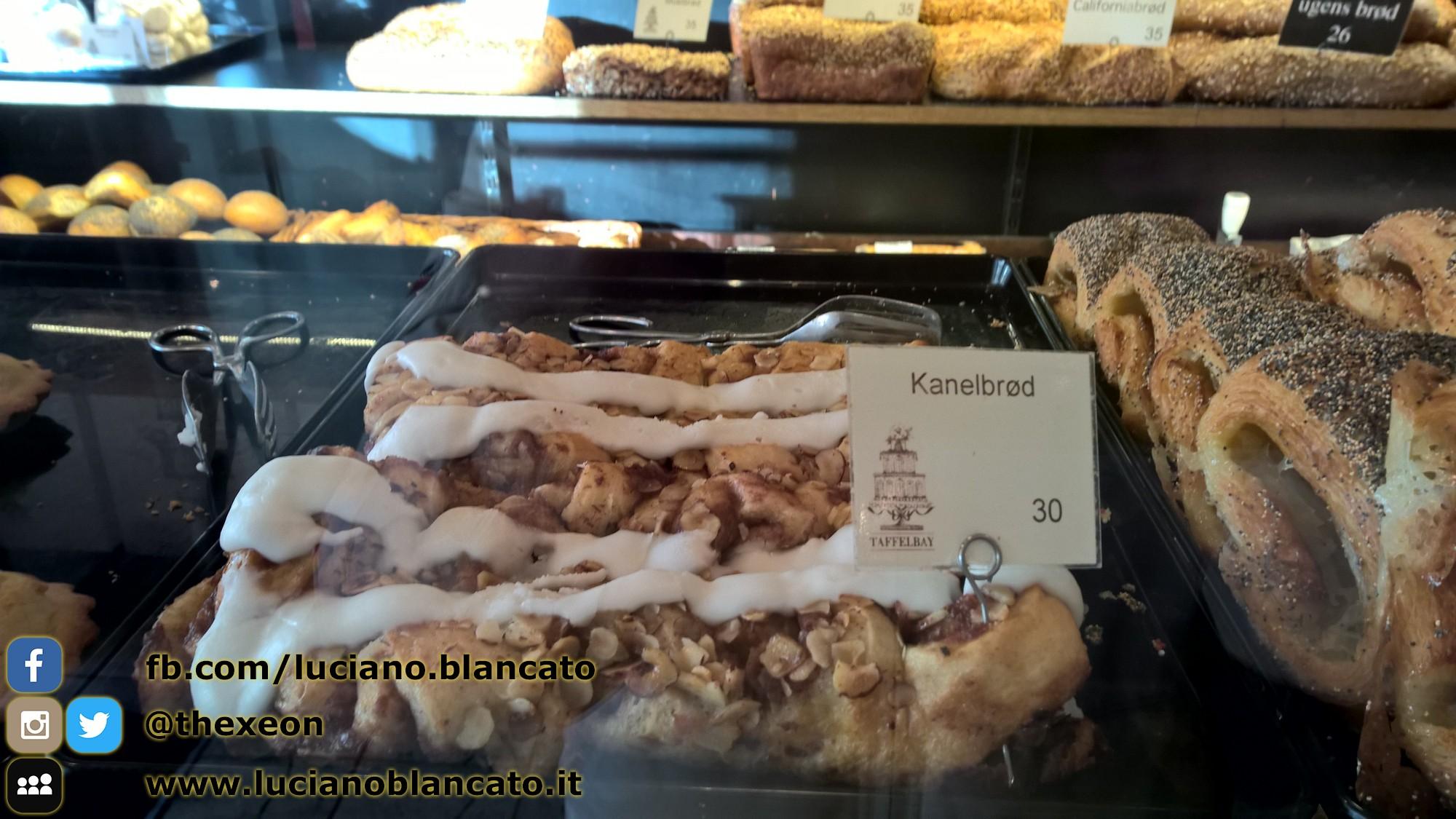 In pasticceria a Copenaghen. Kanelbrod - Danimarca