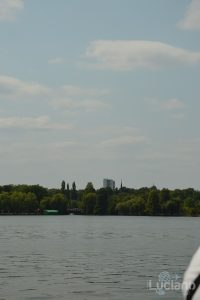 vista dal Lacul Herăstrău, Bucarest, Romania