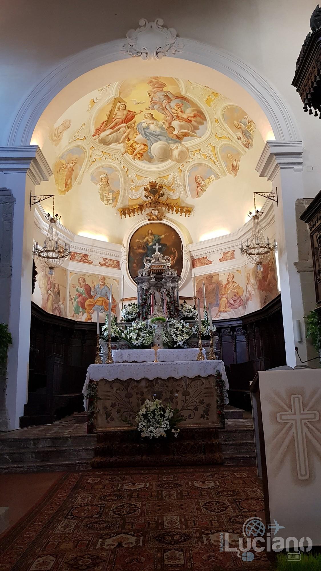 Altare maggiore - chiesa - Savoca (ME)