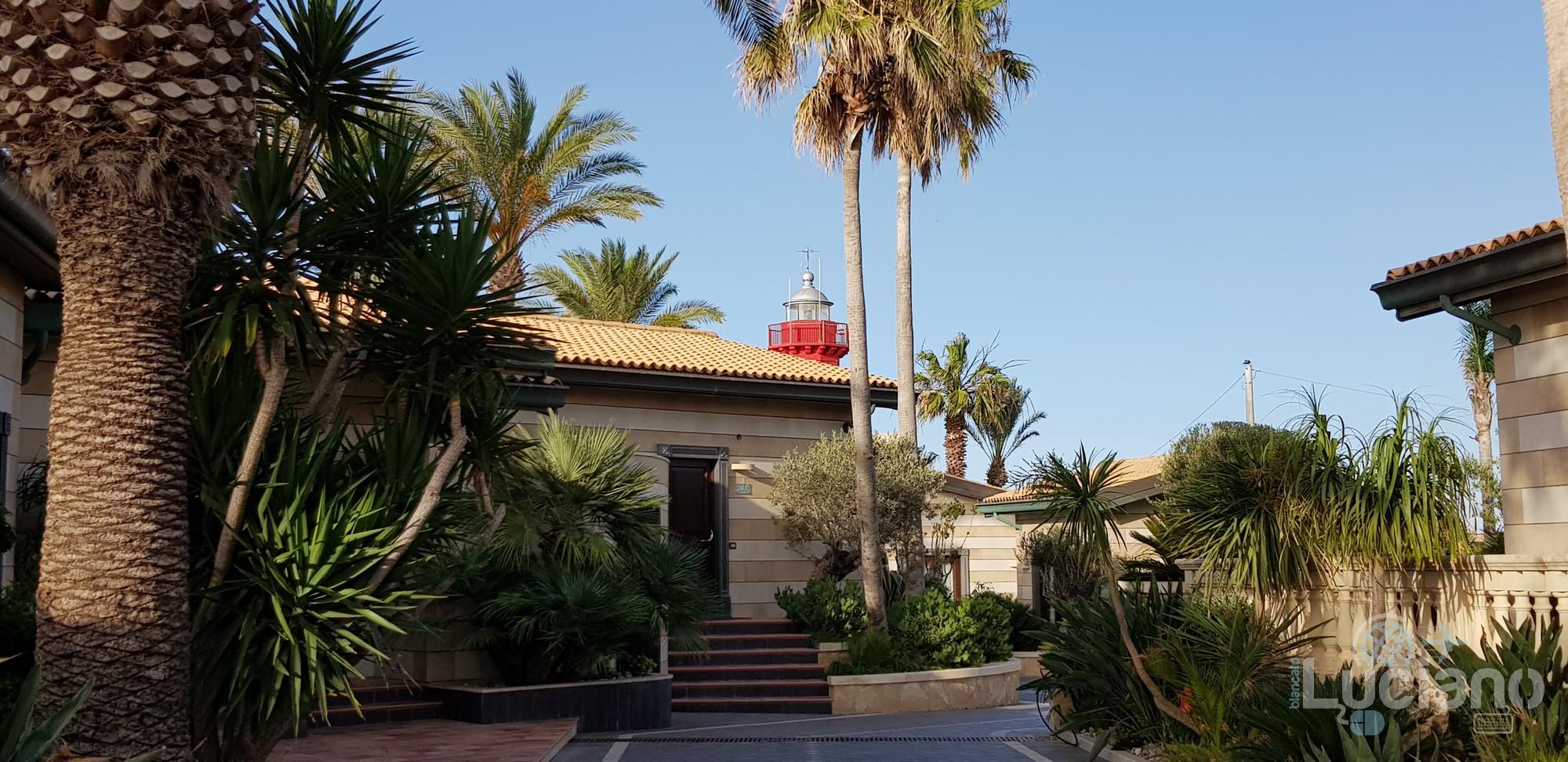Grand Hotel - Minareto - in giro per il resort vista del faro
