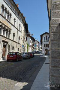In giro per Feltre - bandiere palio - Veneto