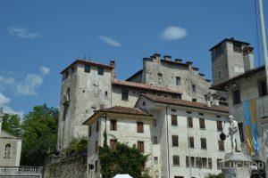 Castello di Alboino da Piazza Maggiore - Feltre - Veneto