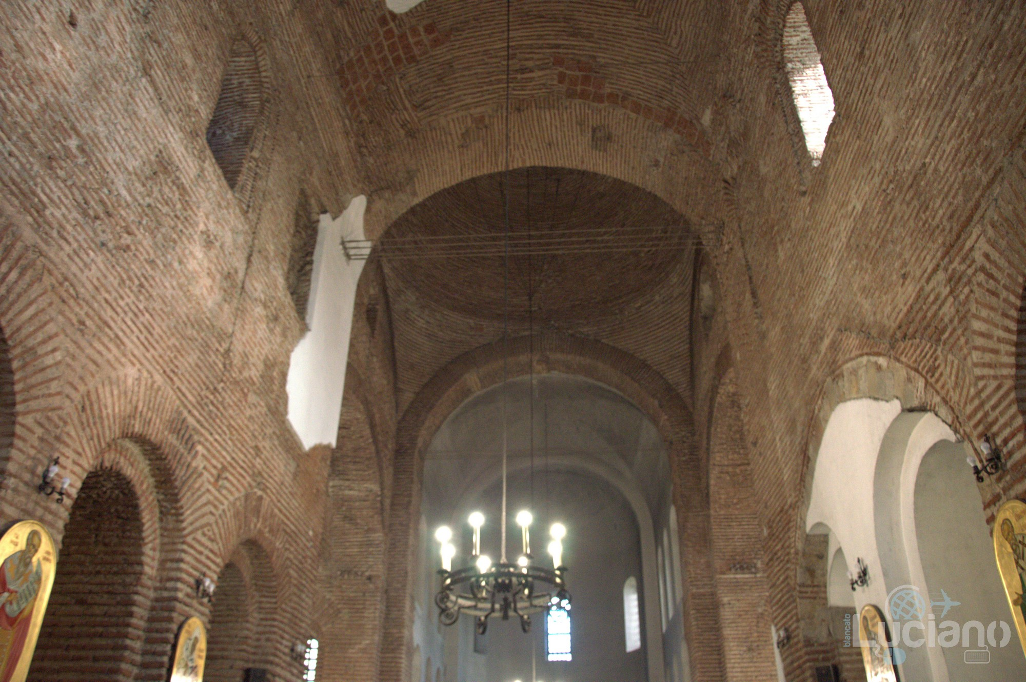 "Interno (soffitti) della Chiesa Sveta Sofia - Храм ""Света София"" - Sofia - Bulgaria"