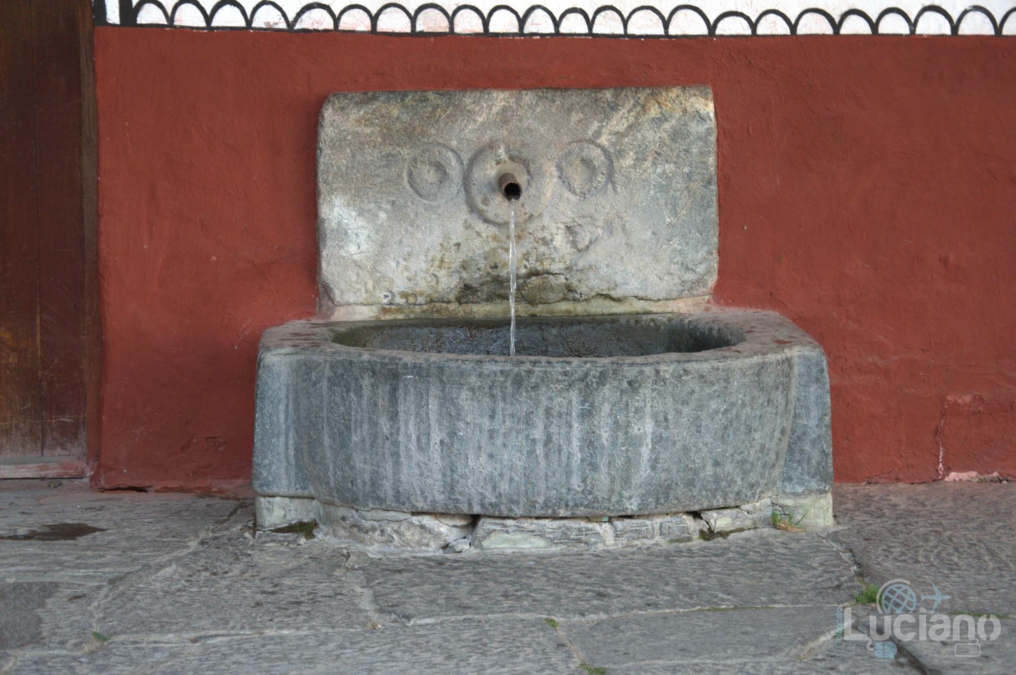 Fontana interna al Monastero di Rila, Рилски Манастир, Rilski Manastir - Sofia - Bulgaria