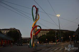 Ago, Filo e Nodo - Piazza Luigi Cadorna - Milano - Lombardia - Italia