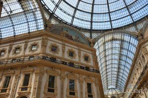 Galleria del Corso di Milano è un passaggio coperto che collega corso Vittorio Emanuele II con piazza Beccaria - Milano - Lombardia - Italia