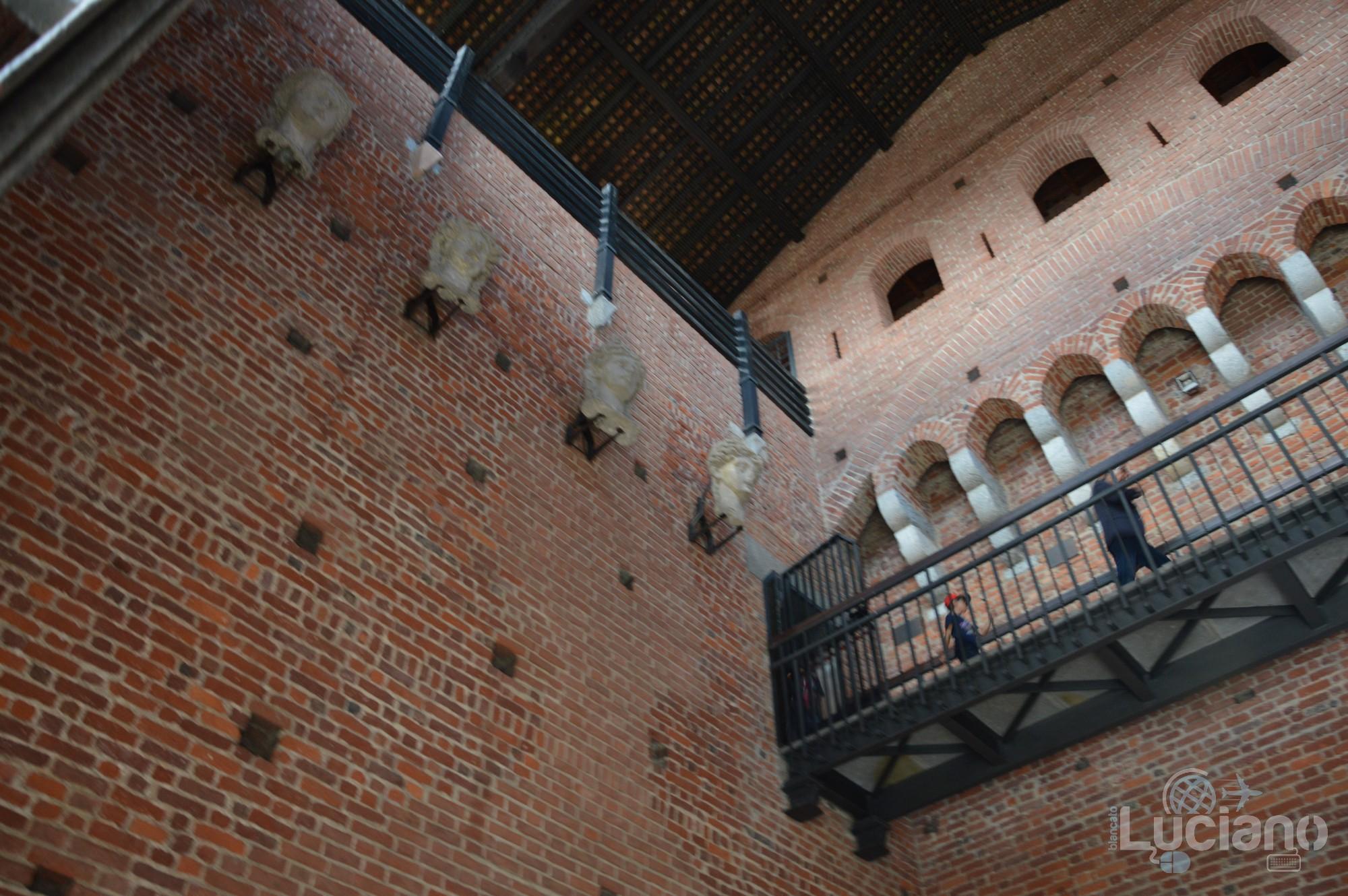 Castello Sforzesco - interno - Milano - Lombardia - Italia