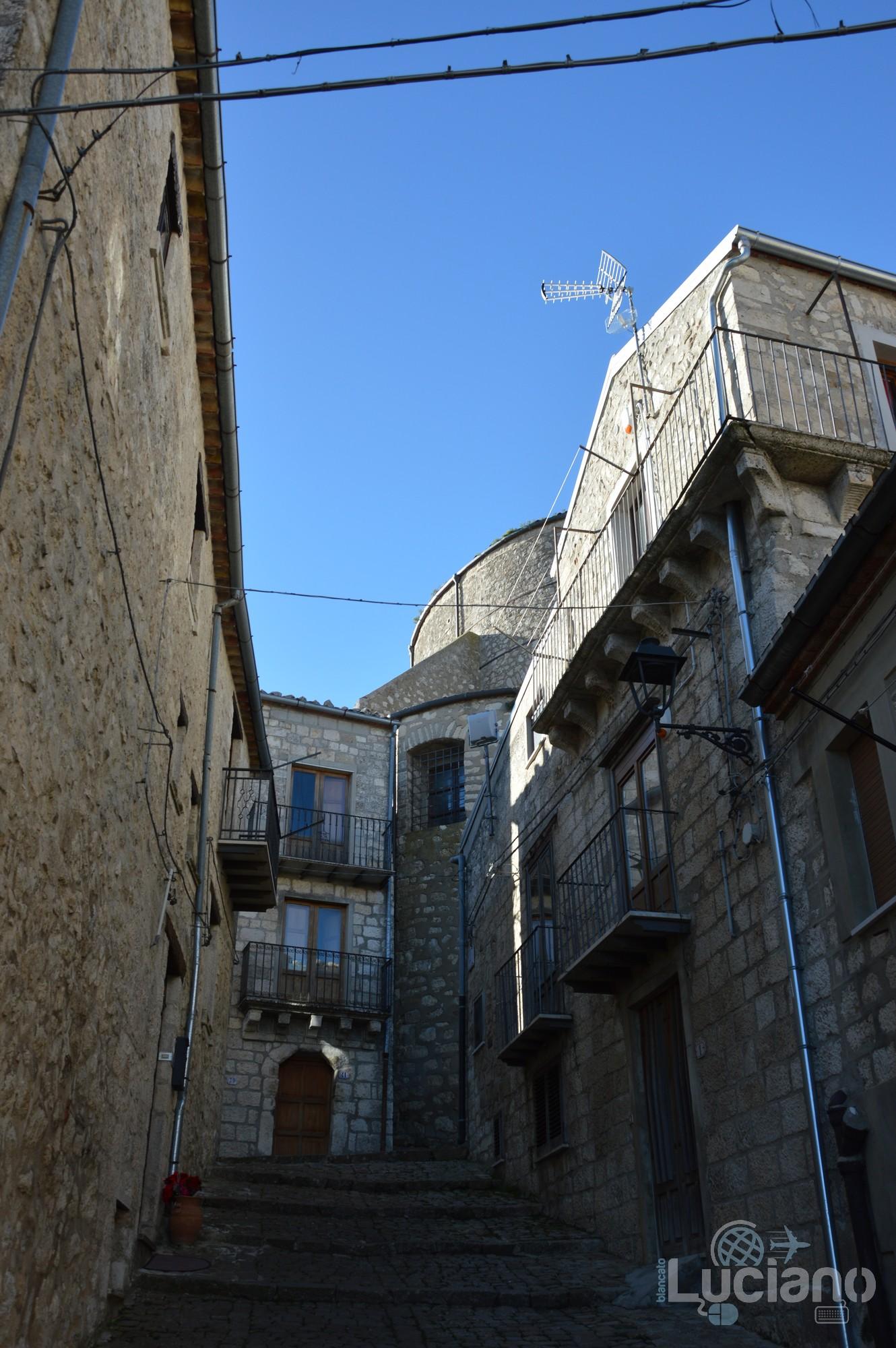 Scalinata Chiesa Matrice nel borgo di Petralia Soprana - Palermo -  I Borghi più belli d'Italia - Borgo più bello d'Italia 2018