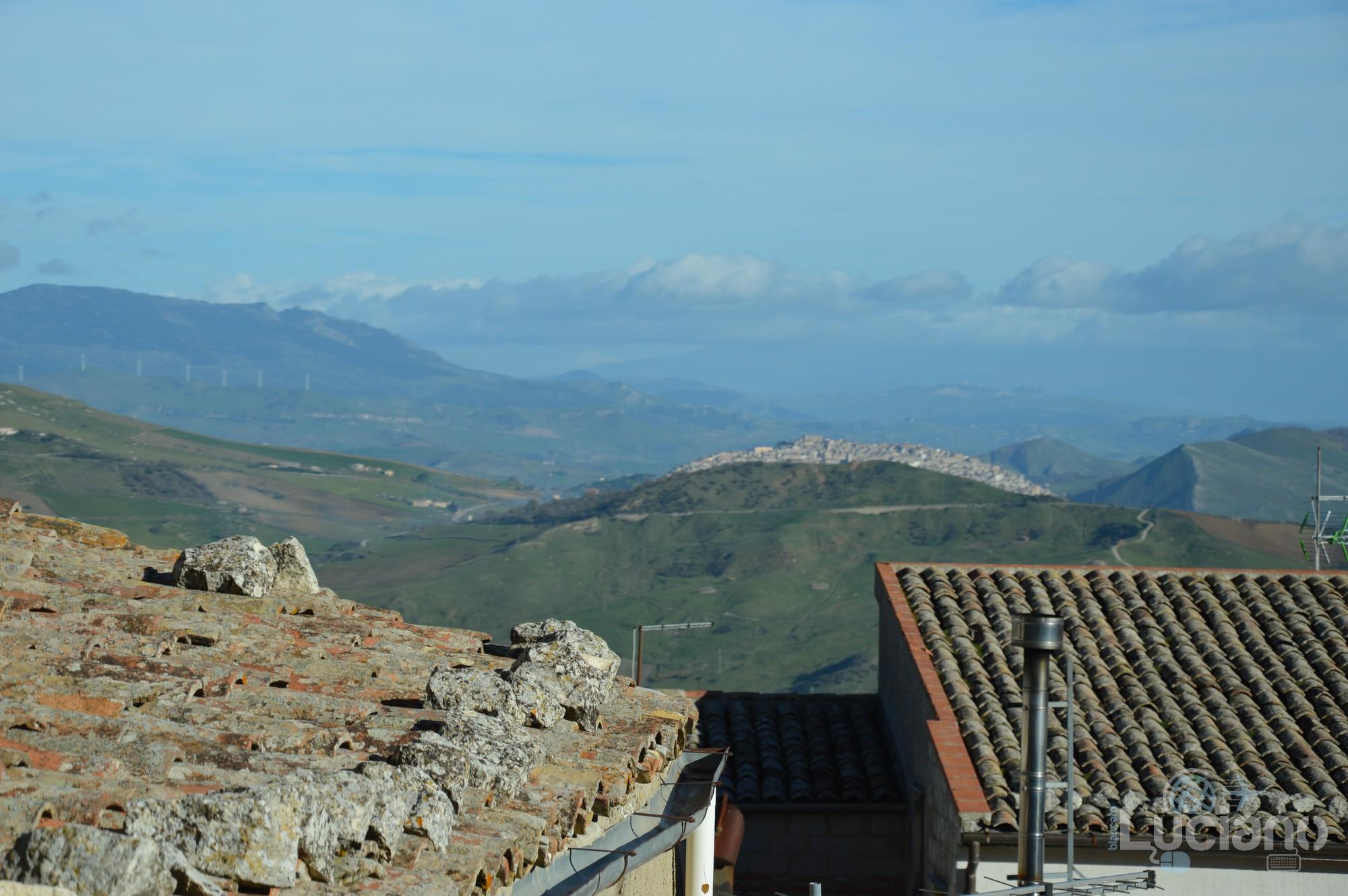 Vista di Gangi dal borgo di Petralia Soprana - Palermo -  I Borghi più belli d'Italia - Borgo più bello d'Italia 2018