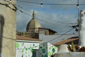Vista sui tetti del Cortile Bentivegna presso il Farm Cultural Park a Favara (AG)