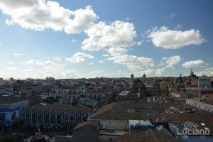 Vista sui tetti di catania e Chiesa di San Francesco d'Assisi all'Immacolata dalla Chiesa della Badia di Sant'Agata, durante i festeggiamenti per Sant'Agata 2019 - Catania (CT)