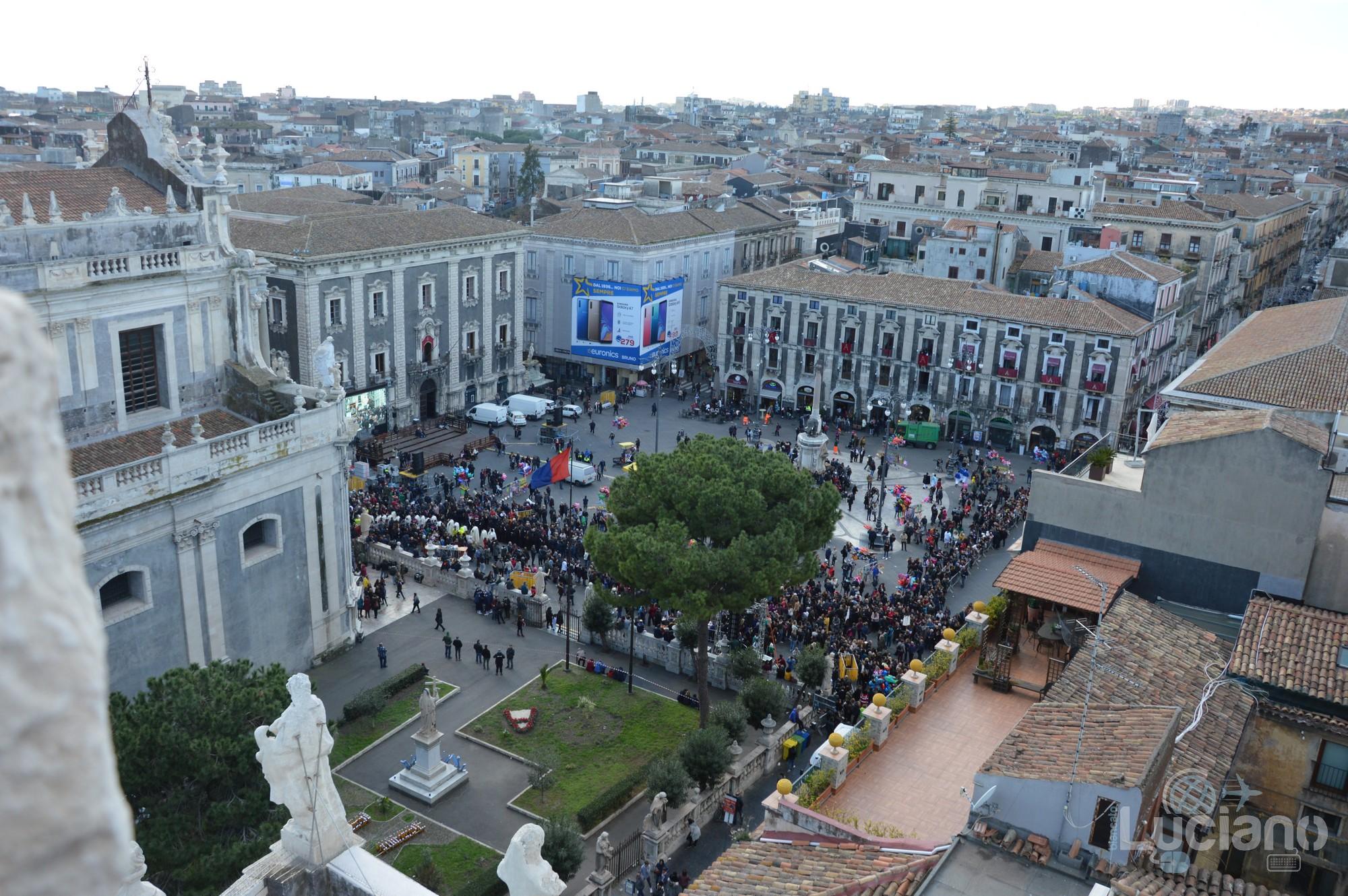 Vista di piazza duomo dalla cupola della Chiesa della Badia di Sant'Agata, durante i festeggiamenti per Sant'Agata 2019 - Catania (CT)