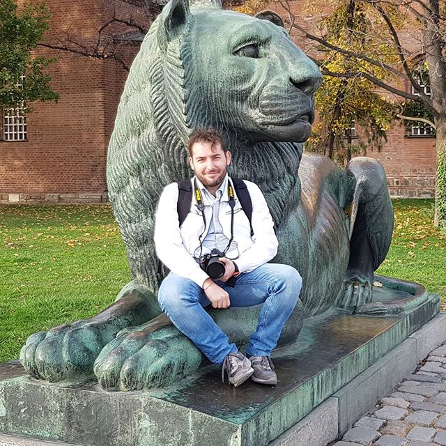 Lion 🦁 #thexeon #italianblogger #travelinfluencer #travel #sofia #bulgaria #bulgarian #Статуя #Болгария #София #ig_sofia #ig_bulgaria #plovdiv #italianinfluencer #България #balkans #sofiabulgaria #igerssofia #Србија #ortodox #orthodox #instatravel #travelgram #tourism #ilovetravel #ig_europa #beautifuldestinations #passionpassport #travelworld