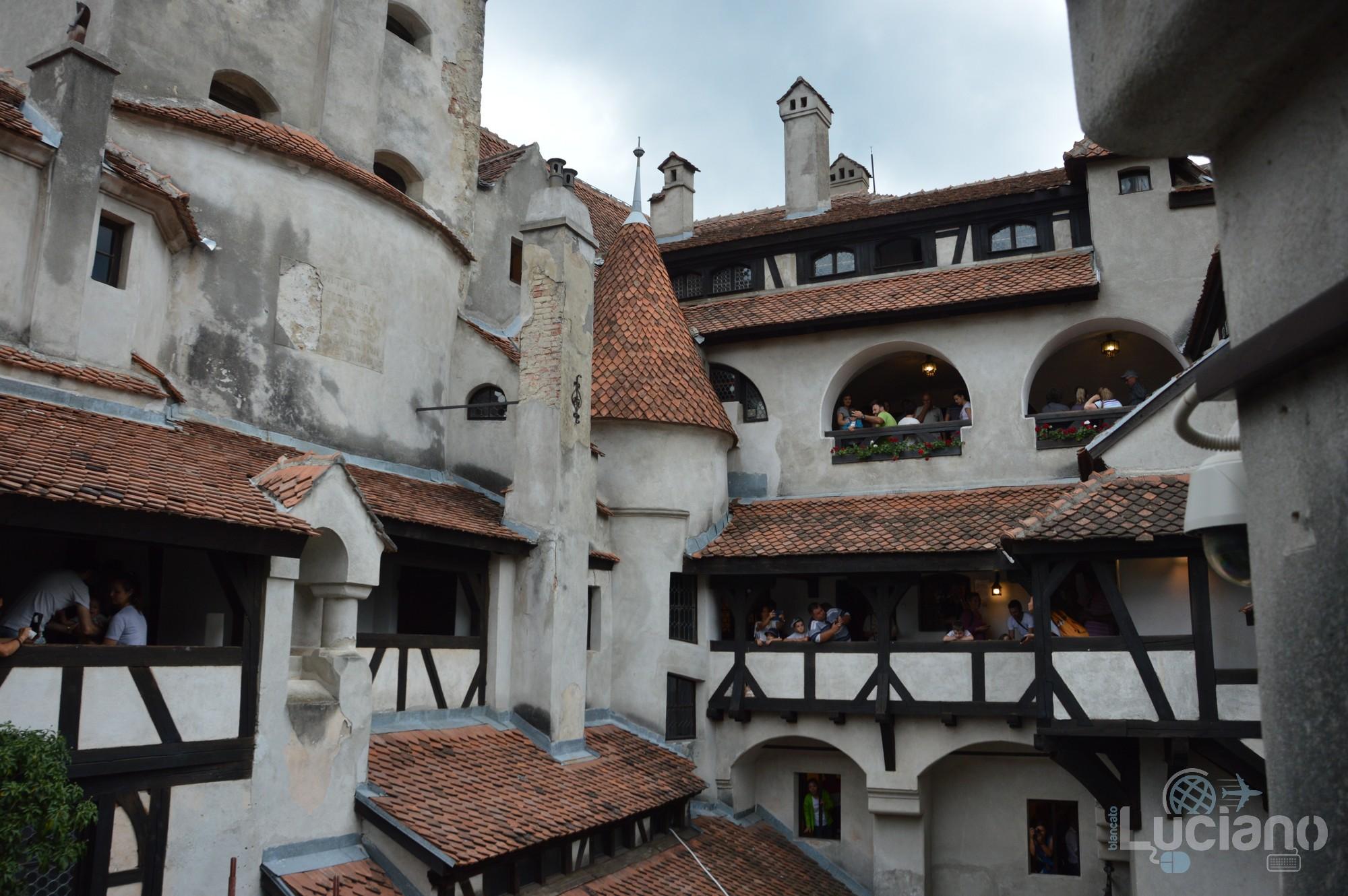 castello-di-dracula-castello-di-bran-luciano-blancato (117)